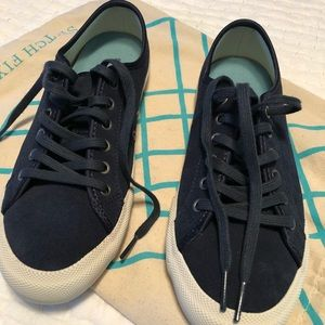 SeaVees, navy suede, size 7M